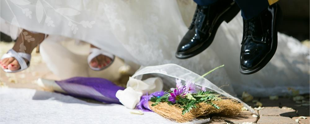 обряд с метлой на свадьбе